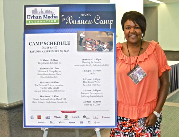 Urban Media Foundation program director Sherion Johnson at the Jr. Business Camp.
