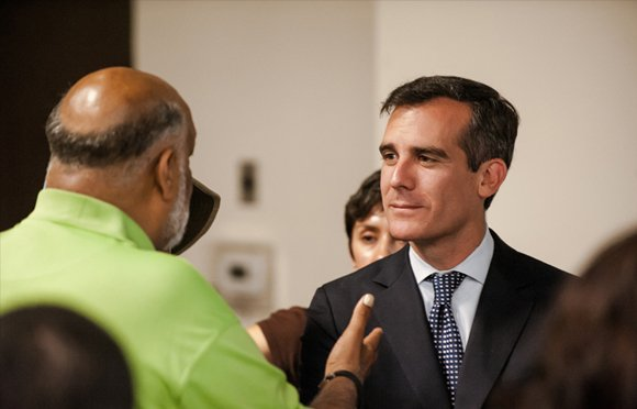 Mayor Eric Garcetti will meet one-on-one with South Los Angeles constituents during his latest office hours session this Friday.