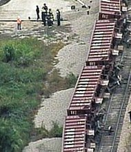 Trail derailed in Sanford, Florida, killing at least one person.