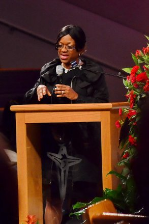 Jacqueline Griffin, mother of Washington Redskins quarterback Robert Griffin III, speaks during the funeral service for Sheila Stewart at University Park Baptist Church in Charlotte, N.C., on Oct. 30. Stewart, a longtime radio personality in D.C., was killed Oct. 24 in an automobile accident in Atlanta. (Paul Williams/Paul-3 Photography)