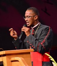 Bishop Claude R. Alexander Jr., pastor of University Park Church in Charlotte, N.C., speaks during the funeral service for Sheila Stewart at the church on Oct. 30. Stewart, a longtime radio personality in D.C., was killed Oct. 24 in an automobile accident in Atlanta. (Paul Williams/Paul-3 Photography)