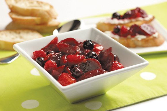 Beet & Berry Chutney Servings: 10 (1/4 cup) servings Prep time: 20 minutes 1/2 cup orange marmalade 1 jar (15.5 ...