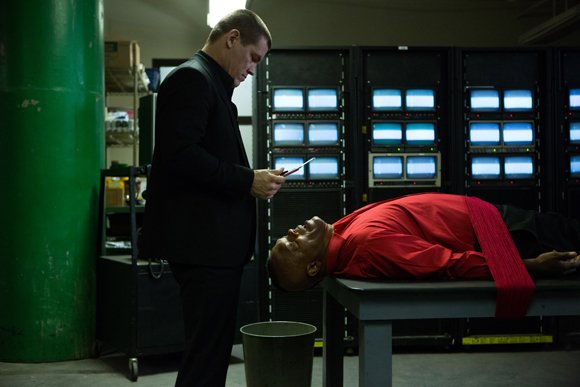 "Josh Brolin and Samuel L. Jackson star in Spike Lee's ""Oldboy."""