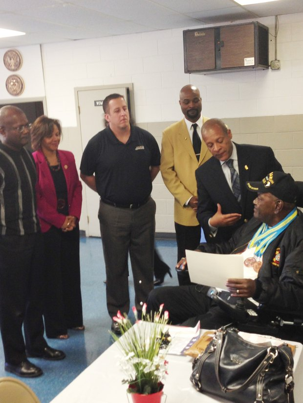 (L-R):  At the American Legion Hall in Hazel Crest, IL, Ill. State Rep. Al Riley, U.S. Congresswoman Robin Kelly, Ill. State Sen. Mike Hastings, Michael Jennings, Hazel Crest Village President Vernard Alsberry Jr., honored military veterans in recognition of Veteran's Day including Leo Moore.