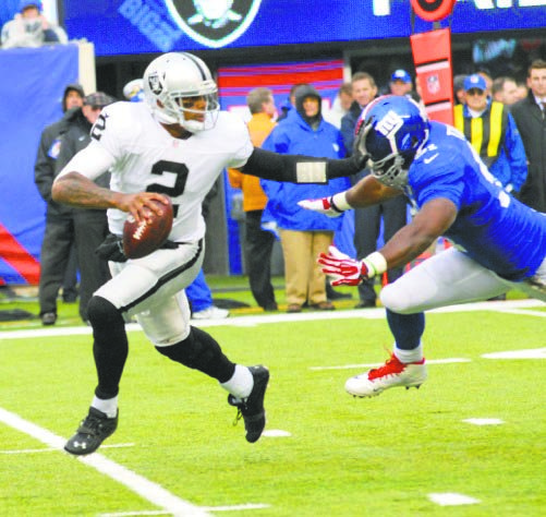 Raiders quaterback Terrelle Pryor