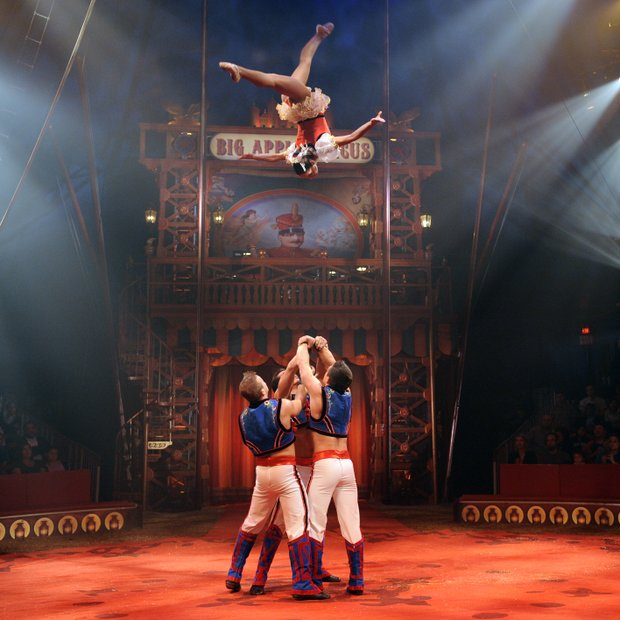 Big Apple Circus (see FAMILY)