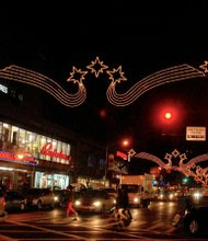 125th Street lights up