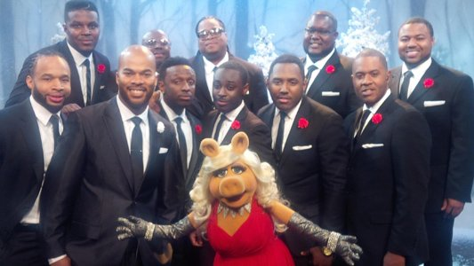 J.J. Hairston and the tenors from Youthful Praise will back Miss Piggy on a classic holiday song on the network ...