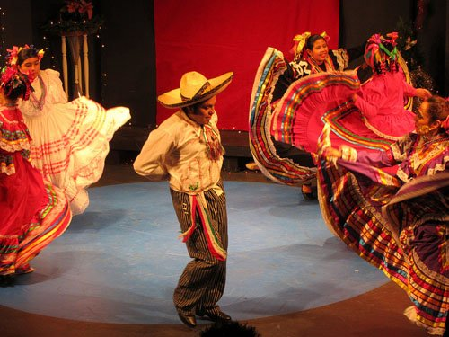 Posada Milagro, a free Christmas celebration with theatre, music, dance, and traditional foods for the whole family takes place Sunday, Dec. 15, from 1 p.m. to 5 .m. at  El Zócalo of El Centro Milagro, 537 S.E. Stark St.
