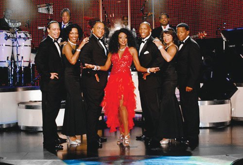 A holiday fundraiser for Project Clean Slate will bring the Las Vegas show Hitzville, The Motown Revue to Portland on Saturday, Dec. 14 at 7 p.m. at the Oregon Convention Center.
