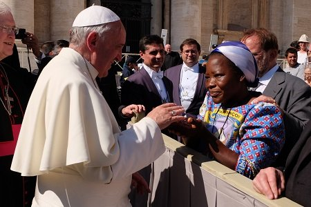 His Holiness Pope Francis received the 2013 UNHCR Nansen Refugee Award laureate Sister Angélique Nako Namaika, following a general audience at the Vatican.