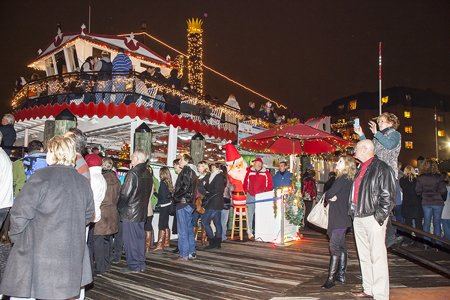 "Watermark's Harbor Queen will again host the ""Queen of All Food Drives"" to benefit the Anne Arundel County Food Bank. Watch the Eastport Yacht Club Parade of Lights on Harbor Queen in exchange for a donation."