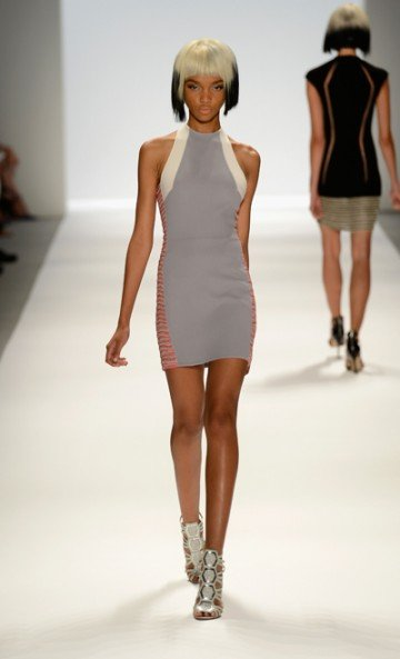 From the looks of Carmen Marc Valvo's spring '14 collection