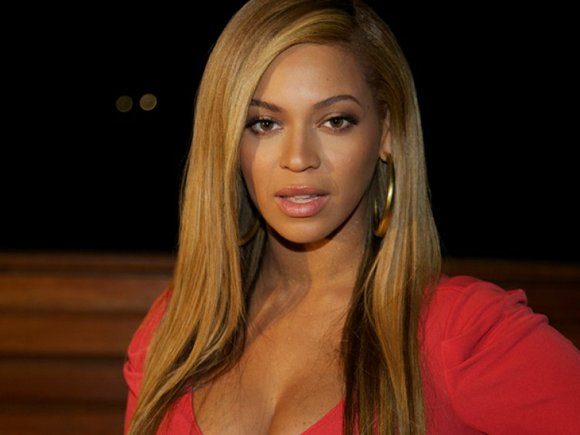 """When Beyonce tells people to """"bow down,"""" they listen. Now the star is hoping to bring the same show-stopping power ..."""
