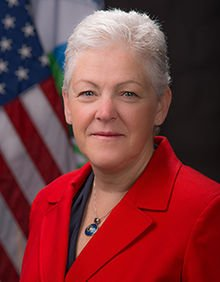 Mayor Annise Parker welcomed EPA Administrator Gina McCarthy to Houston and gave her a tour of the Buffalo Bayou Park ...