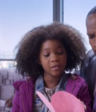 Quvenzhané Wallis and Jamie Foxx in Annie