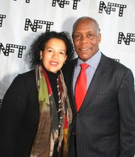 Amsterdam News publisher Elinor Tatum and evening co-host Danny Glover took a moment to pose before the festivities began.