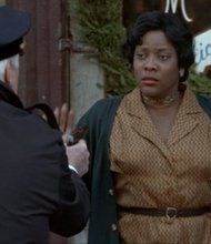 Photo of Loretta Devine by IMDB.