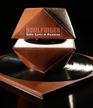 Soulfinger-Life, Love & Passion luxury packaging