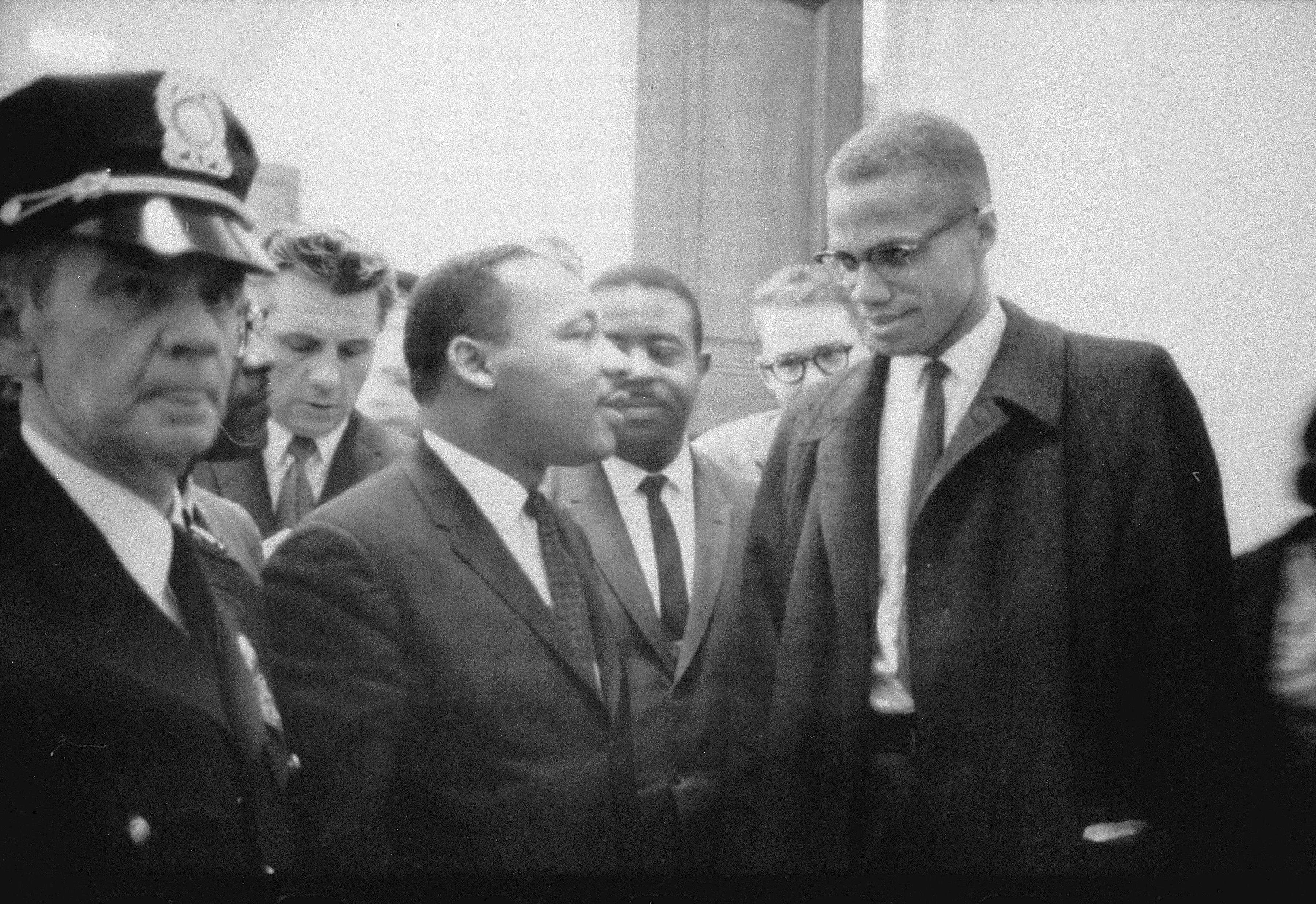 mlk vs malcolm x Martin luther king jr and malcolm x: icons for the civil rights movement - martin luther king jr and malcolm x were two individuals who not only helped the african-american plight during the civil rights movement, but served as icons to.