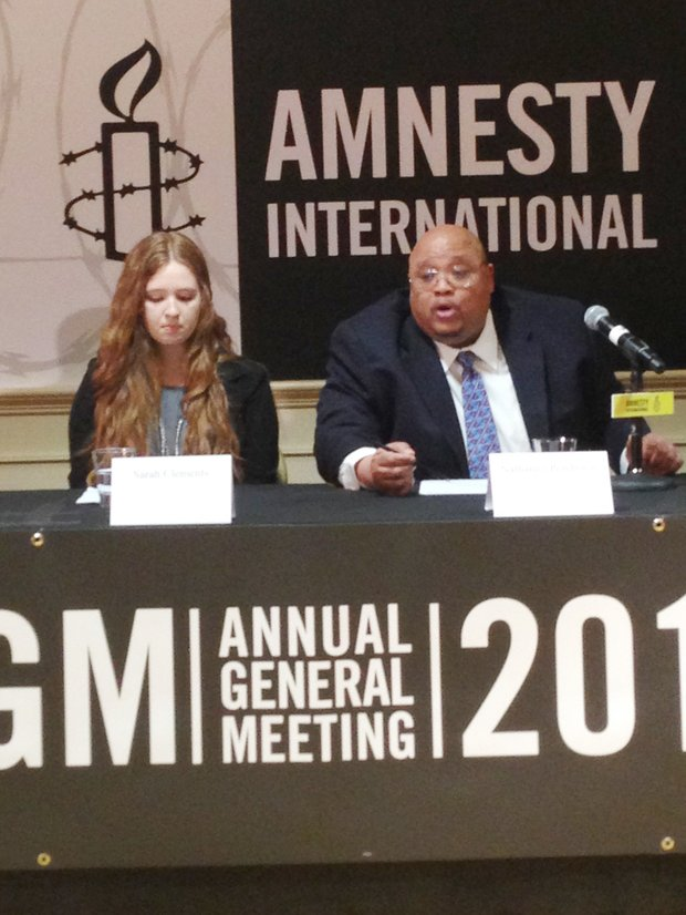 (L-R): Sarah Clements, Jr. Newtown Action Alliance chairwoman and Nathaniel Pendleton, father of slain Chicago teen Hadiya Pendleton who was shot and killed in a Chicago park, both spoke about how gun violence affected their lives and led them into advocacy against it at the  Amnesty International USA Human Rights Conference last week.