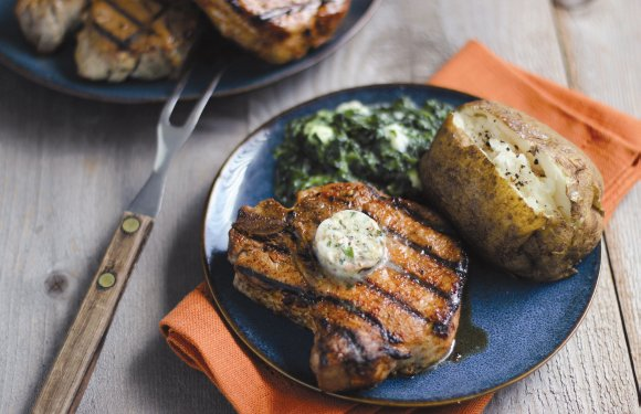 Everyone loves eating out, but with grilling season in full swing, there is no better time to recreate a restaurant ...