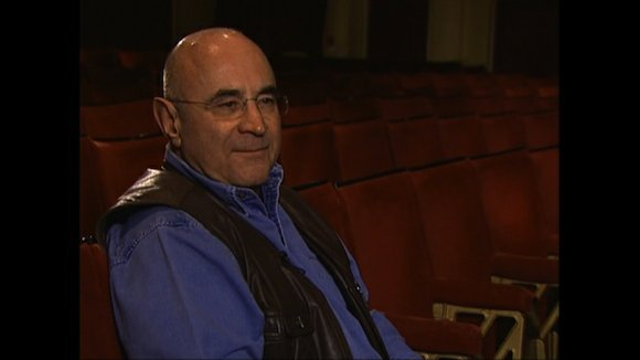 "Oscar-nominated British actor Bob Hoskins, known in part for roles in ""Who Framed Roger Rabbit"" and ""Mermaids,"" died Tuesday at ..."