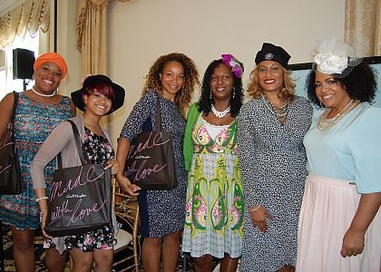 Michele Jackson, left, Sandy Davis, Aisha McKenzie, Angela Johnson, Angela Brown and Lisa Price strike a pose.
