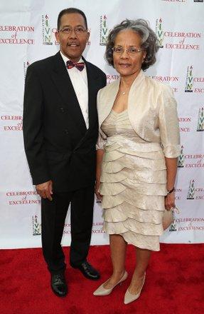 Dr. & Mrs. L. Harkless