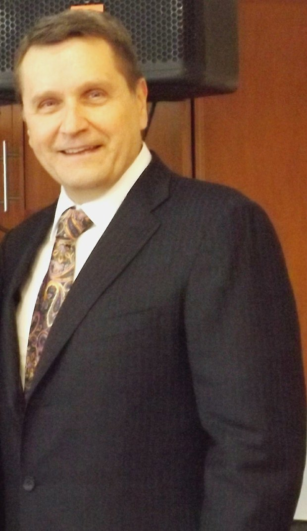 Robert (Bob) Mariano, chairman and CEO of Wisconsin-based, Roundy's supermarket chain and former president and CEO of Dominick's Finer Foods.