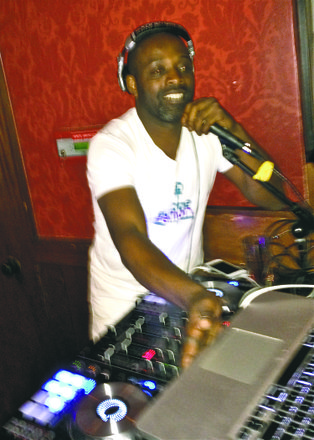 DJ Stormin Norman on the wheels