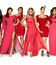 Cast of R&B Divas: Meelah Williams, Syleena Johnsonm Monifah, LaTavia Roberson, KeKe Wyatt, Angie Stone (left to right).