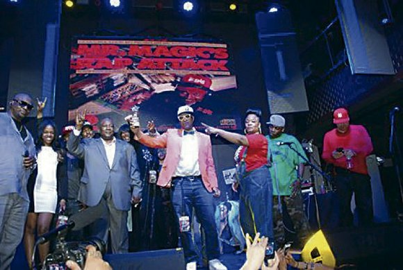 The Hip Hop Hall of Fame Awards Show returned to television, taping at Stage 48 in midtown with a memorable ...