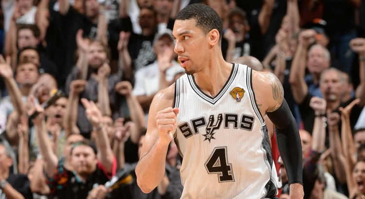 Danny Green, Spurs heat up after LeBron James limps off | Houston Style Magazine | Urban Weekly ...