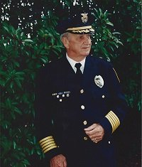 The longest serving police chief in DeKalb history has died.