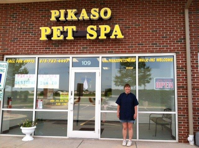 New pet spa offers dog and cat grooming do it yourself washes the after 15 years in the pet grooming business plainfield resident donna deheer decided to solutioingenieria Choice Image