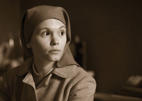 Agata Trzebuchowska plays an orphaned nun in Ida.