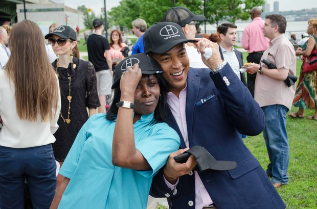 Harlem resident and CNN anchor, Don Lemon, mingled with patrons.