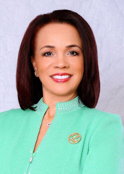 Glenda Newell-Harris was named national president of the Links, Incorporated.