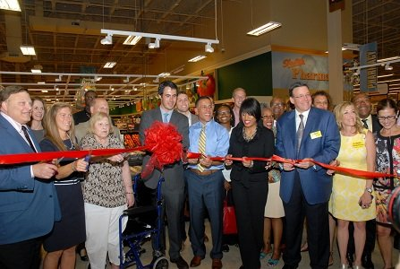 ShopRite Grocery opened a new store in northwest Baltimore--the first in the area since 1999.