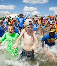 On Friday, August 8th youth and teens from 10 youth groups from Boston's neighborhoods and surrounding communities took part in Save the Harbor/Save the Bay's 4th Annual Beach Bash and Splash at the BCYF Curley Recreation Center at M Street Beach in South Boston, including: BCYF Curley Community Center – South Boston, Braintree After School Enrichment – Braintree, Castle Square Youth Education Program – South End, Curtis Hall Community Center – Jamaica Plain, East Boston YMCA – East Boston, Greenwood Shalom – Dorchester, Home for Little Wanderers – Boston, Jackson Mann Summer Program – Brighton, South Boston Boys and Girls Club – South Boston, Tynan Fun in the Sun – South Boston.