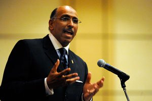 In the end, it appears that Michael Steele couldn't resist the lure of politics.
