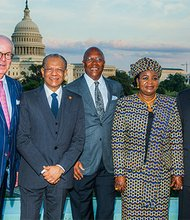 Mr. Robert Crowe, Partner at Nelson Mullins Riley and Scarborough, His Excellency Navichandra Ramgoolam, Prime Minister of Mauritius, Mr Charles Stith, Director African Presidential Center at Boston University, Mrs Salma Kikwete, Wife of the President of Tanzania and His Excellency Jakaya Kikwete, President of Tanzania.
