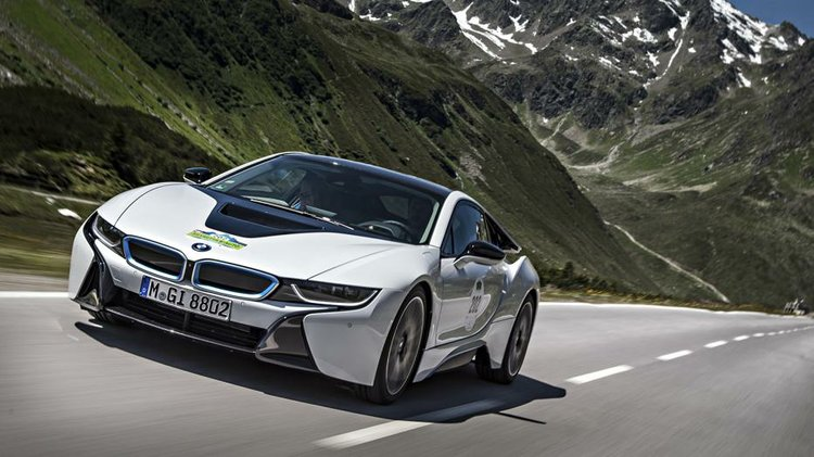 Bmw I8 Begins Delivery During Pebble Beach Houston Style Magazine