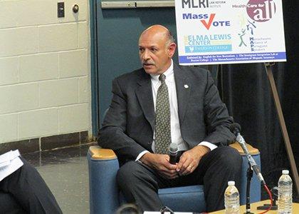 Bunker Hill Community College hosted a gubernatorial debate on immigration reform.