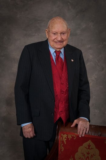 S. Truett Cathy, founder of the the multi-billion dollar Chick-fil-A empire, has died at the age of 93.