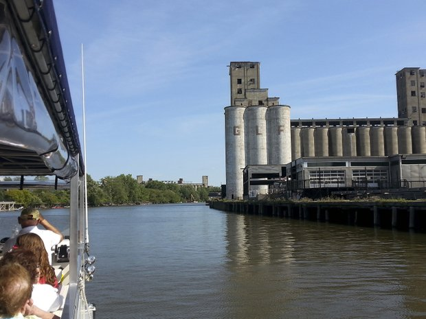 The Buffalo River History Tour provides a real sense of the city's early roots and what made Buffalo one of the biggest and richest cities in the world.