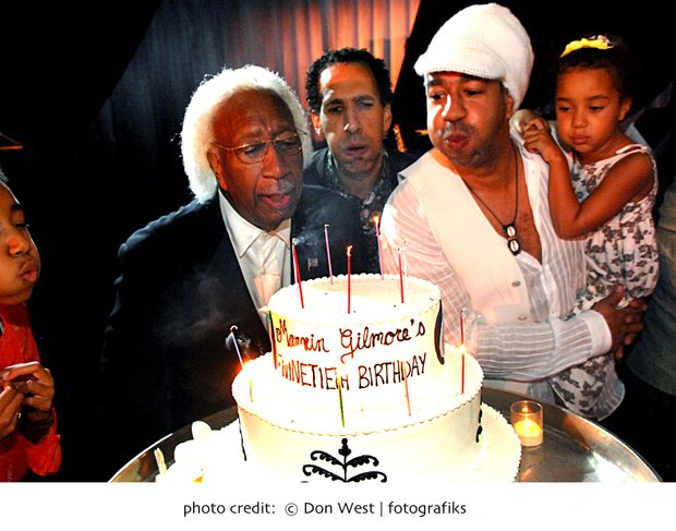 Marvin Gilmore and sons David and Marque, Kia blow out candles
