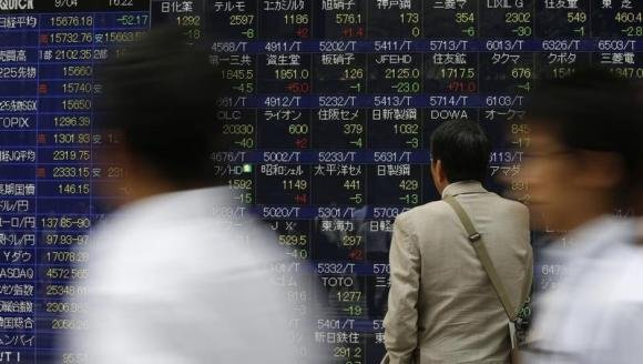 According to Reuters, european stocks reversed early losses on Monday as airline shares gained after crude oil prices fell to ...