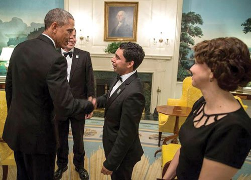 Portland Community College is reporting about a big hand shake one of its alums got at the White House.